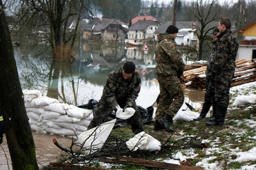 2010 floods in Slovenia. (Photo: www.mo.gov.si/brigada SV, CC BY 3.0)