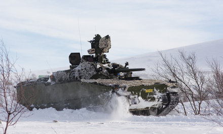 A Norwegian CV9030 Mk III Infantry Fighting Vehicle with CRTs at marching speed in snow during exercise Viking 2017. The CV9030 Mk III is armed with the 30 mm Mk44 Bushmaster II chain gun, 7.62 mm co-axial Chain Gun MG and KONGSBERG PROTECTOR Remote Operated Weapon Station (on top of the turret).  (Photo: Kristian Berg/the Norwegian Armed Forces)